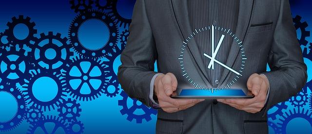 hodiny v rukách